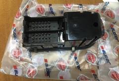Блок стеклоподъемников/регулировки зерка/подогрева МАН ТГА/ТГЛ/ТГМ  Блок управления стеклоподъемника (в водительскую дверь) MAN TGA/TGL/TGM  Блок новый, производитель AUGER (Германия)  OEM MAN - 81.25806.7098: 81258067098