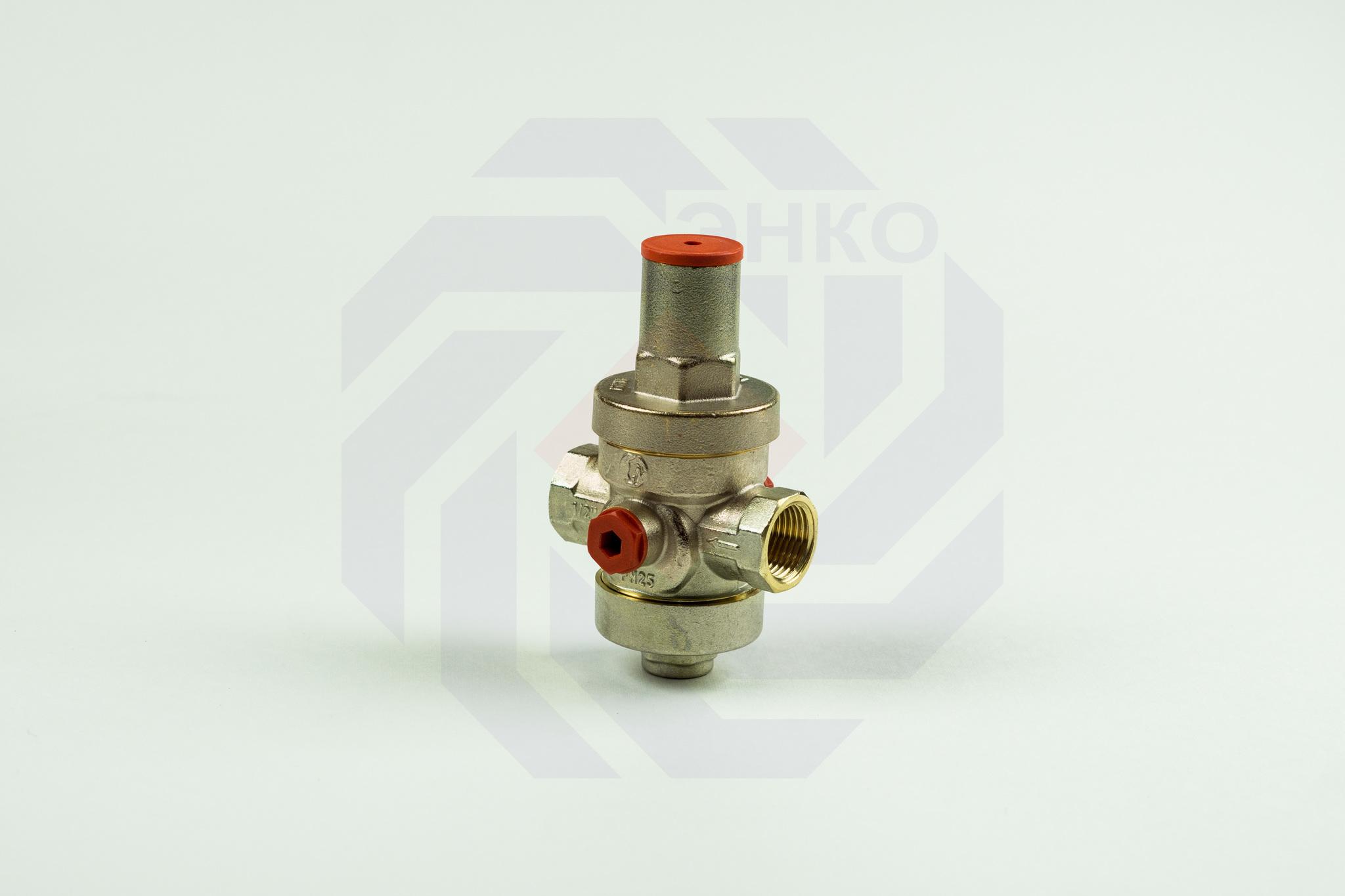 Редуктор давления GIACOMINI R153P 1,5-5 бар ½