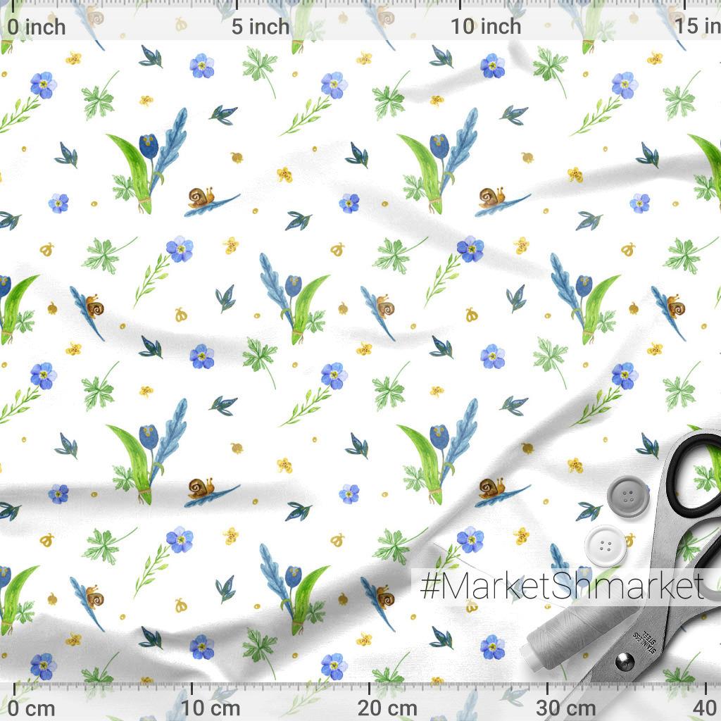 Цветы и улитки на белом фоне