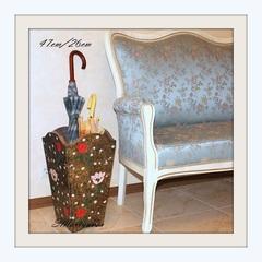 Напольная ваза для зонтов