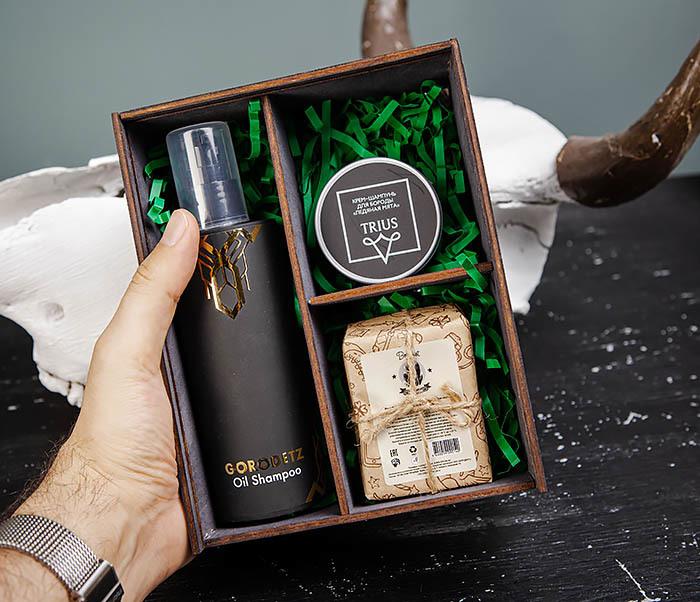 Набор с масляным шампунем, угольным мылом и крем-шампунем для бороды фото 05