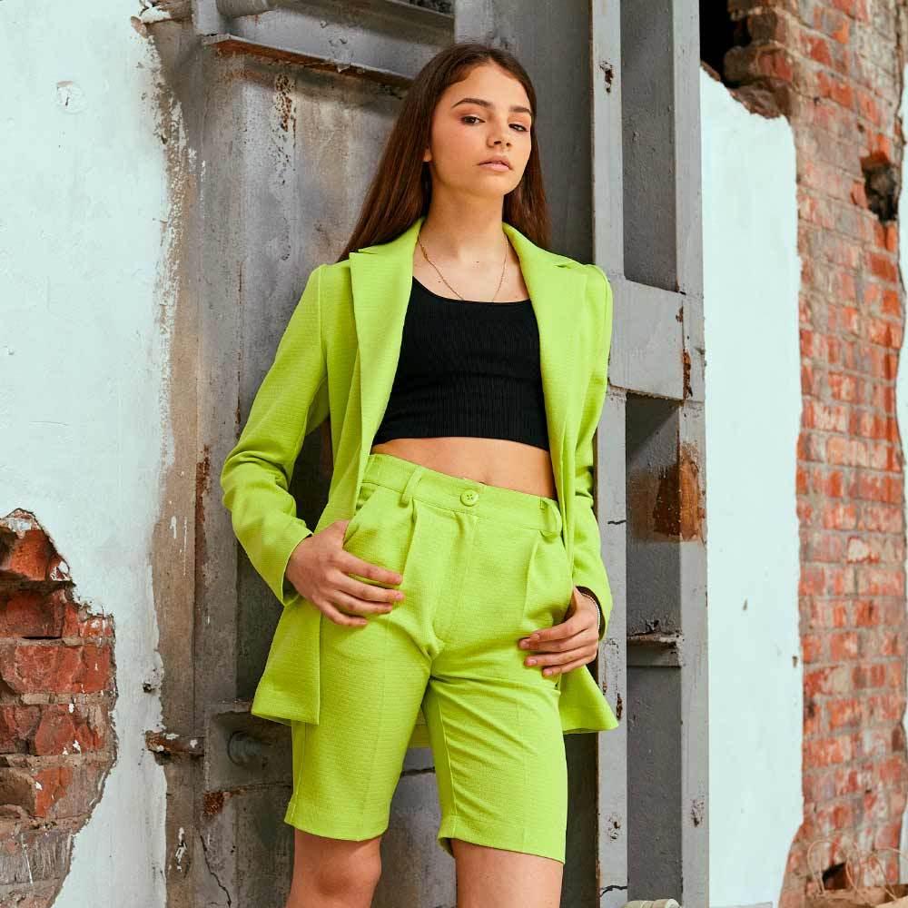 Підлітковий костюм піджак і шорти в салатовому кольорі