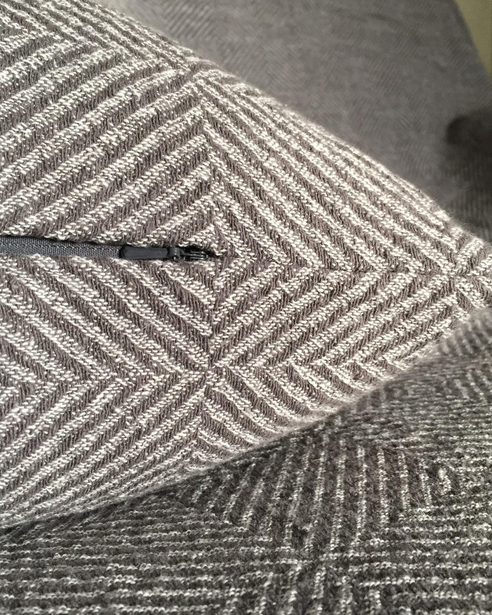 Льняной чехол для декоративной подушки Гётеборг графит