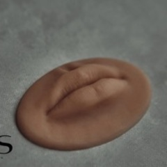 """Тренировочный макет SILICONESKIN """"губы» S/L"""