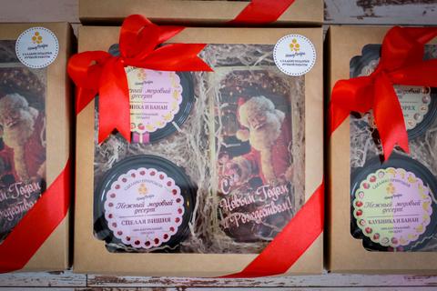 Медовый подарочный новогодний набор HoneyForYou в коробке с прозрачным верхом №1