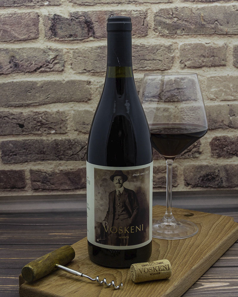 Вино Voskeni Красное сухое 13,5% 0,75 л.