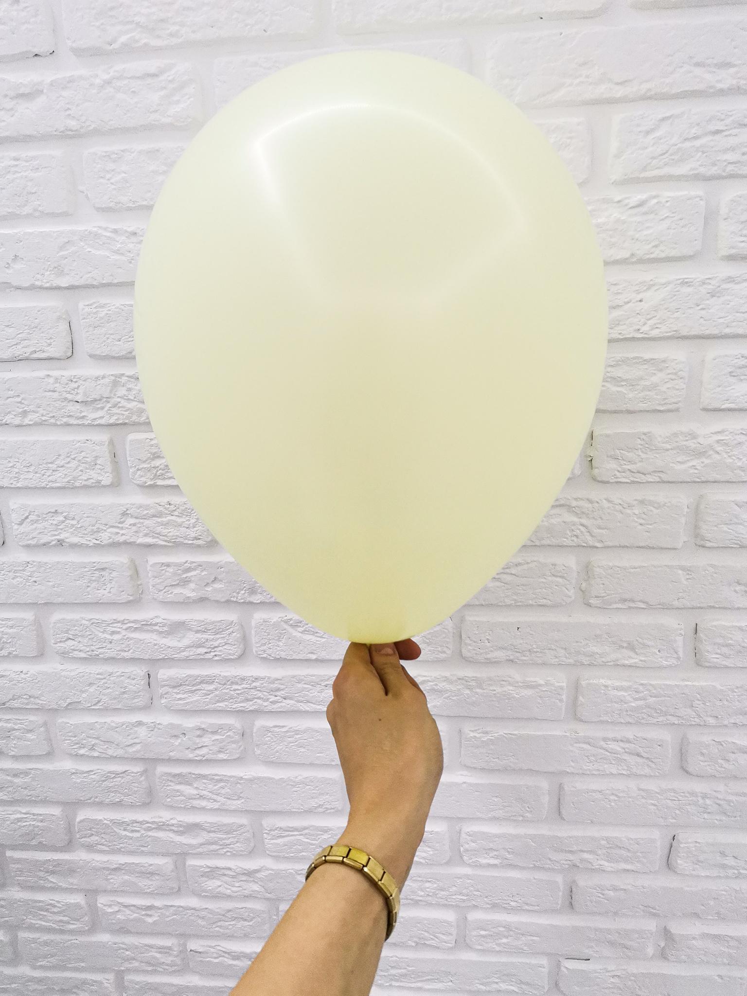 №16 Светло-желтый Гелиевый шар пастель 30см с обработкой