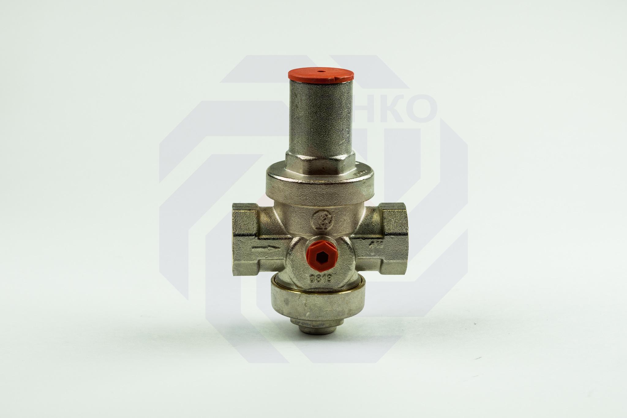 Редуктор давления GIACOMINI R153P 1,5-5 бар 1