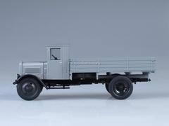 YaG-3 gray 1:43 Nash Avtoprom