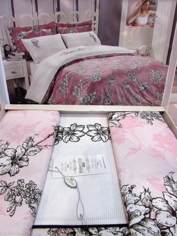 Постельное бельё с вышивкой Евро Klasik rose Maison Dor светло-розовое
