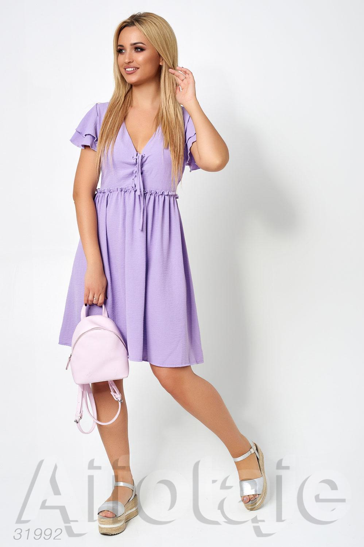 Лавандовое платье с декольте на шнуровке