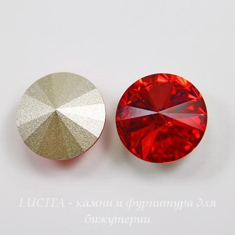 1122 Rivoli Ювелирные стразы Сваровски Light Siam (SS39) 8,16-8,41 мм