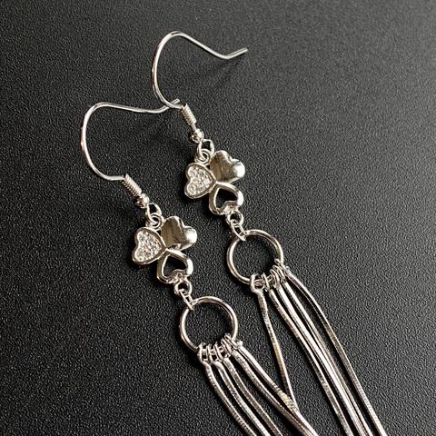Серьги с цепочками и фианитами 93 мм серебро 925