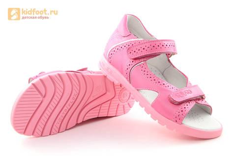 Босоножки для девочек из натуральной кожи с открытым носом на липучках Тотто, цвет розовый. Изображение 8 из 14.