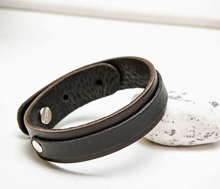 BL792-1 Мужской браслет из коричневой и черной кожи
