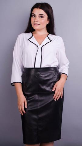 Вега. Оригинальная женская блуза плюс сайз. Белый.