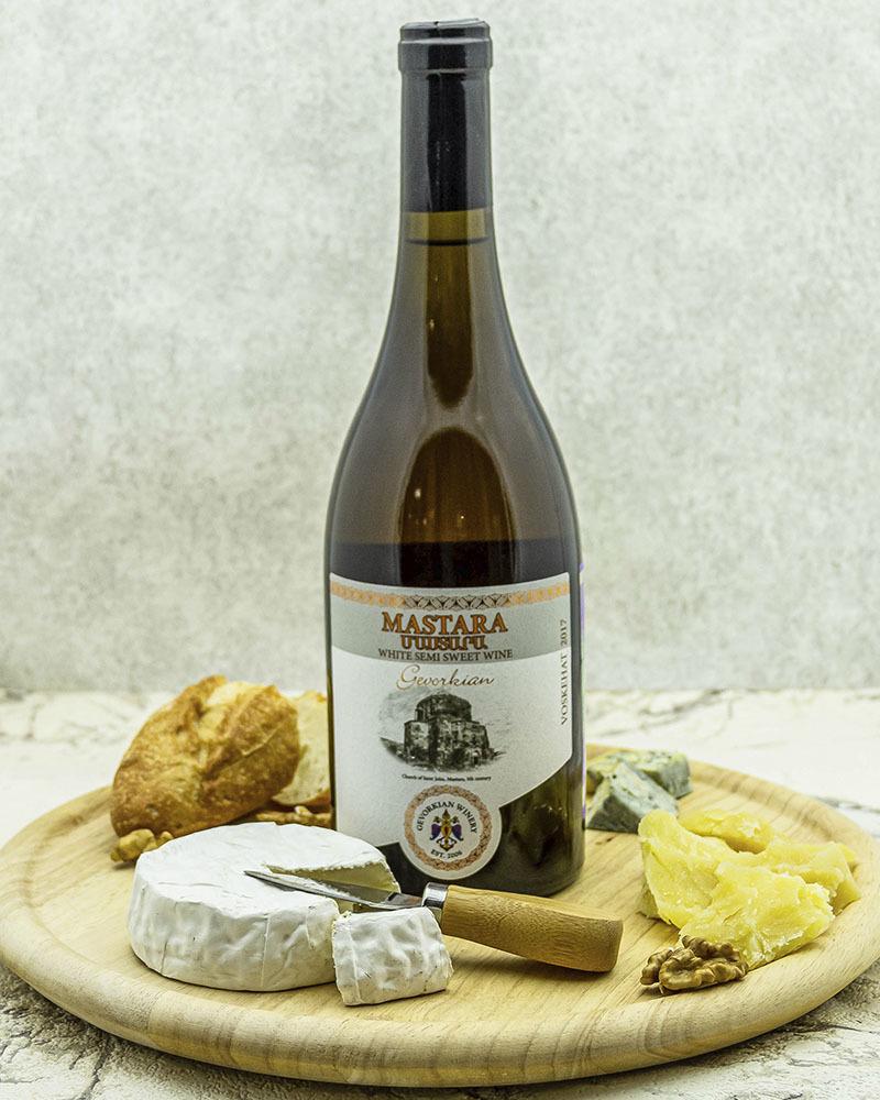 Вино Gevorkian Winery Мастара Белое Полусладкое 2018 г.у. 12,0% 0,75 л.