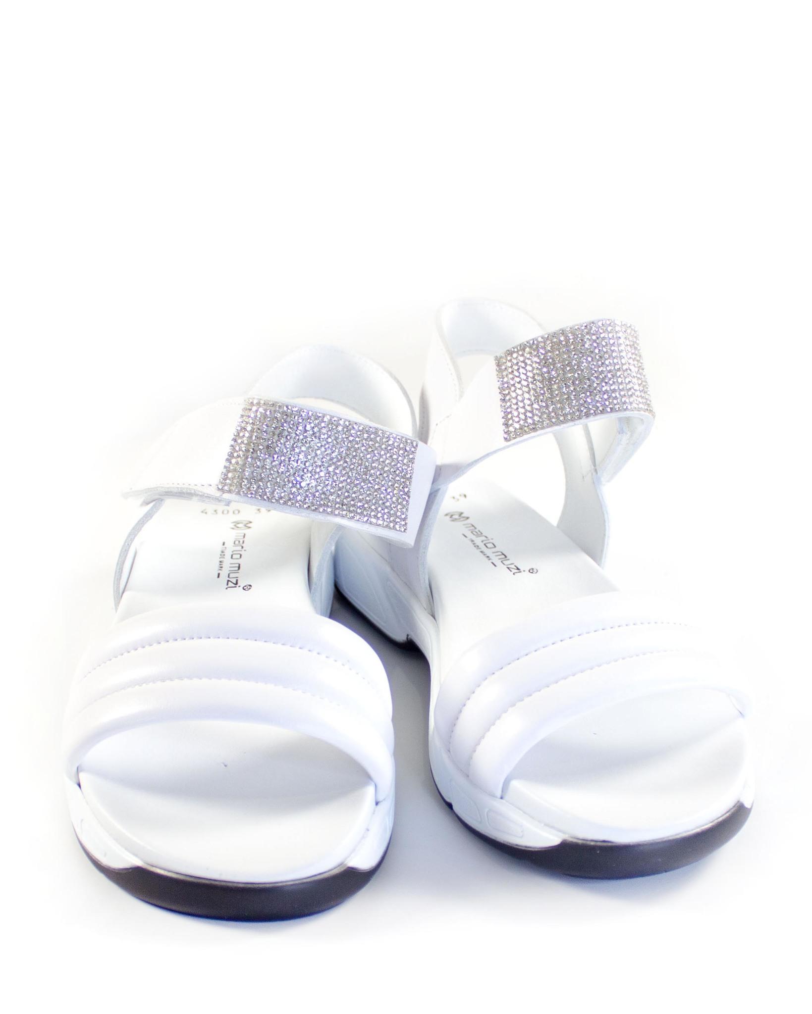 белые сандалии Mario Muzi