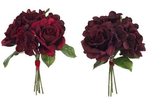Букет из роз и гортензий бургундия