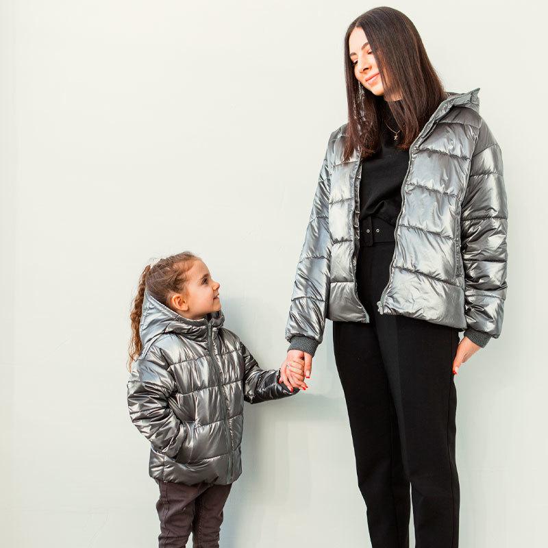 Демисезонная детская подростковая куртка для девочки в темно-сером цвете