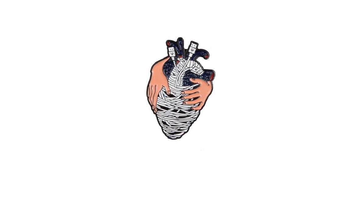 Брошь сердце USB