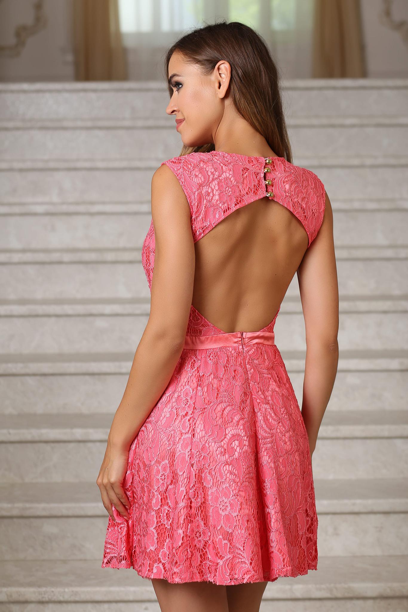 Коктейльное кружевное платье с открытой спиной, коралл