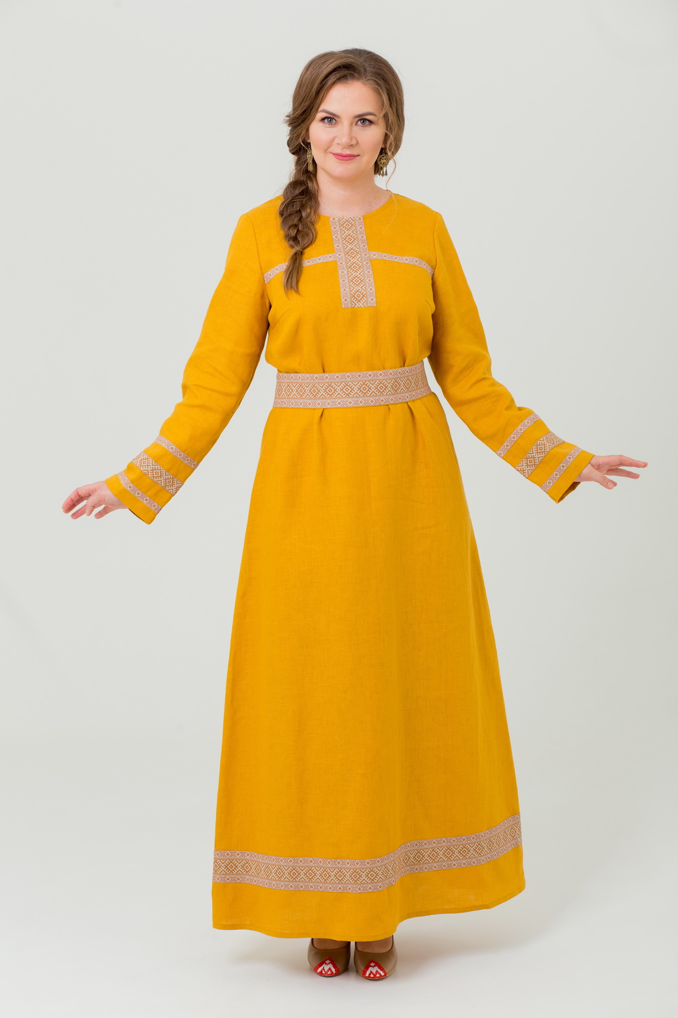 Платье льняное в русском стиле Горицвет
