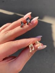Ассиметричные пусеты из серебра
