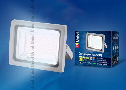 ULF-S04-30W/DW IP65 85-265В GREY Прожектор светодиодный. Мощность 30 Вт. Корпус серый. Цвет свечения дневной. Степень защиты IP65. Упаковка картон