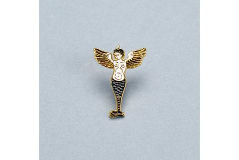 Значок эмалированный Гарпия