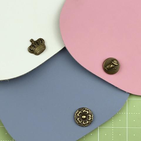 Клапан с декоративной кнопкой. Натуральная кожа. Розовый
