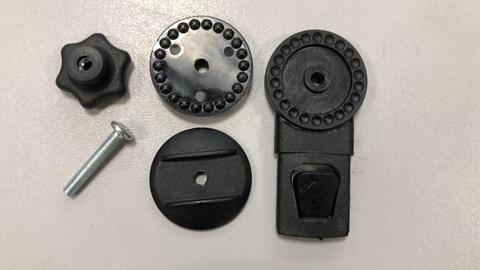 Механизм регулировки капюшона коляски (трещетка или кнопка)
