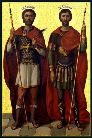 Деревянная икона святых воинов Виктора и Евгения на левкасе мастерская Иконный Дом