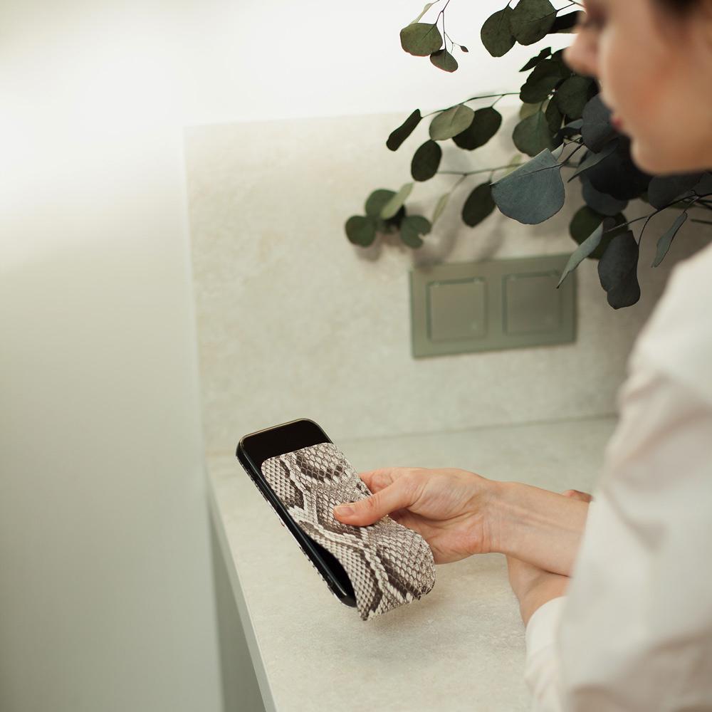 Чехол для iPhone 13 Pro из натуральной кожи питона, цвета Natur