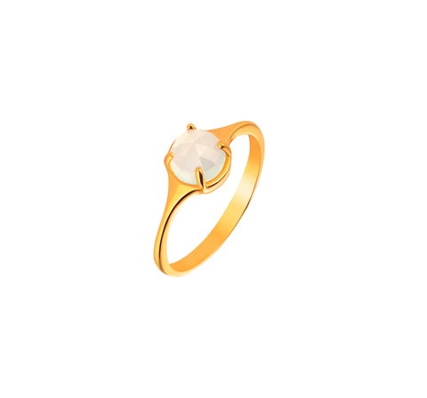 Кольцо с лунным камнем в позолоте
