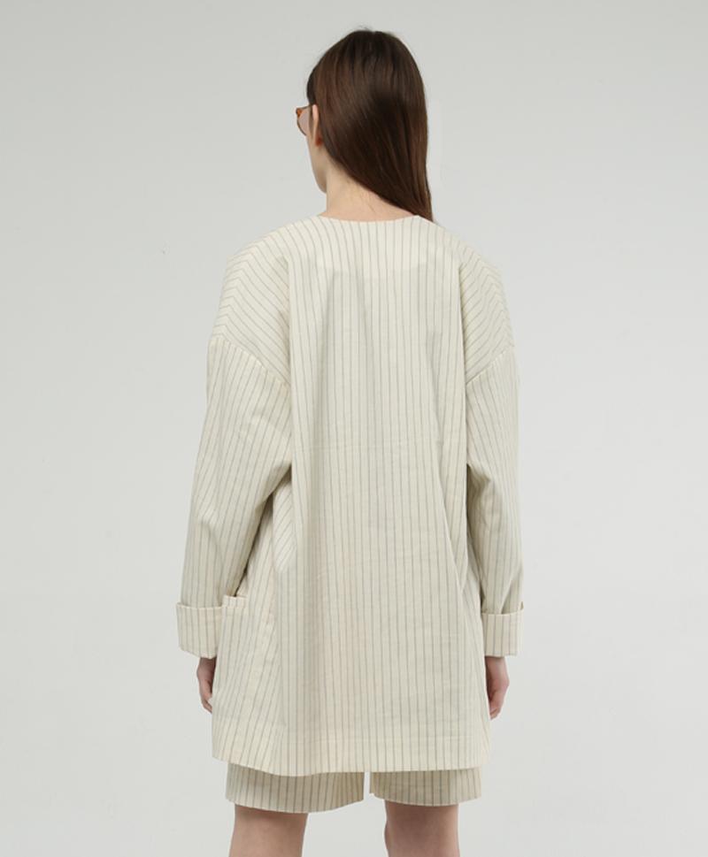 пиджак-в-полоску-сзади