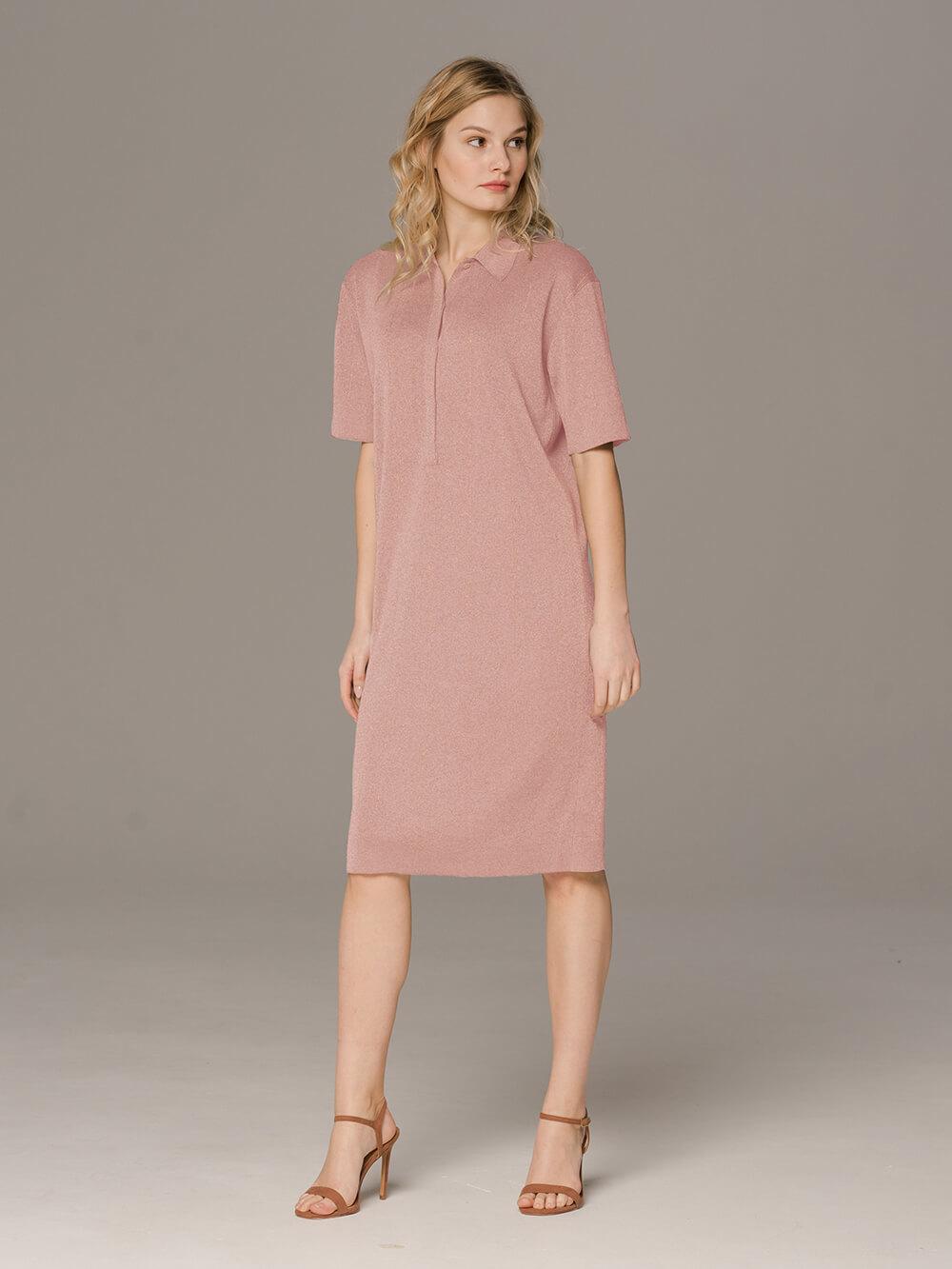 Женское платье розового цвета с коротким рукавом - фото 1