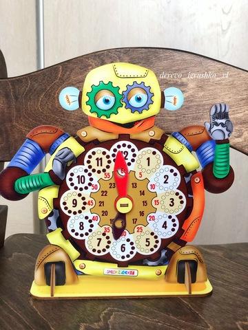 Часы Робот