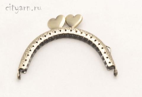 Фермуар латунного цвета с гладкими сердечками, маленький, размер 8.5*6.5 см, код 994081
