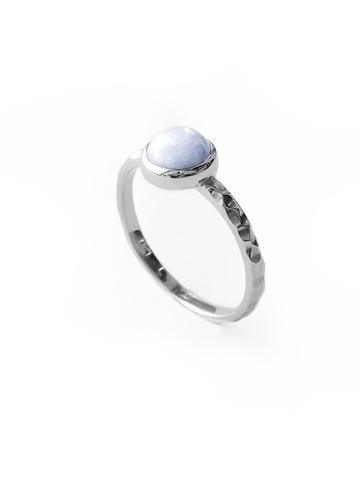 Серебряное узкое кольцо с лавандовым агатом