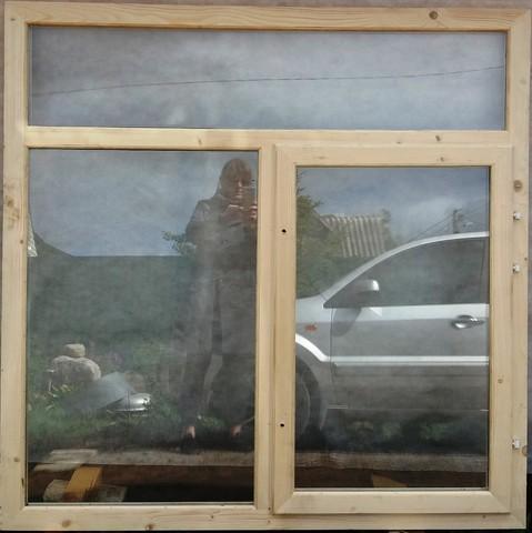 Окно 1стп 1,5х1,5 (В) мм 3-секционное с открывающейся створкой