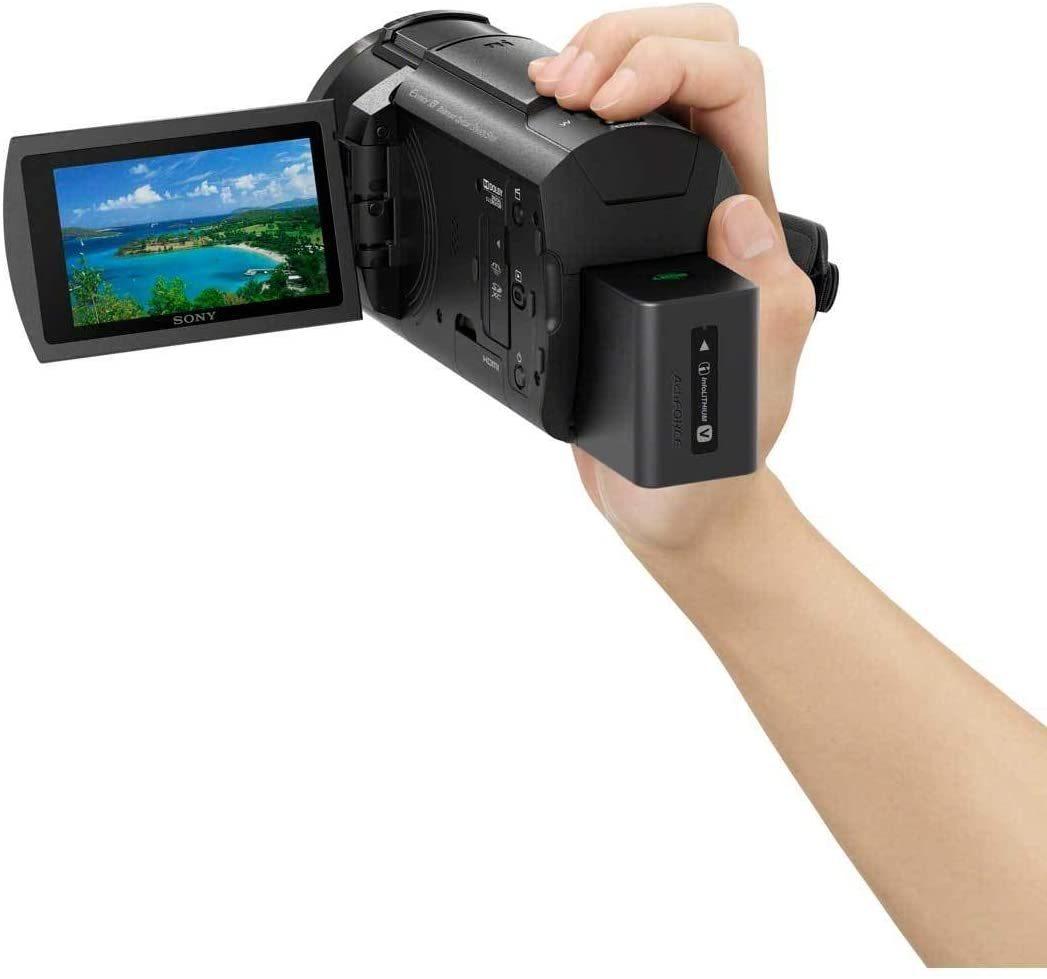 4K видеокамера Sony FDR-AX43 в фирменном магазине Sony Centre Воронеж