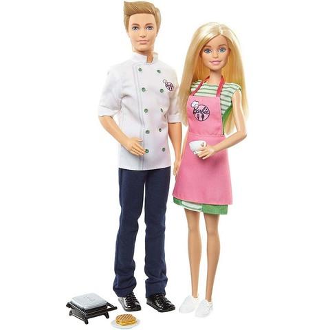 Барби и Кен сотрудники кафе