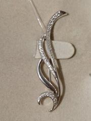 Брошь-узор из серебра с фианитами