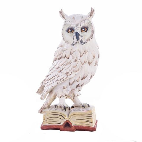 Сова на книге