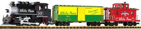 Piko G 37106 Стартовый набор Грузовой поезд с паровозом White Pass & Yukon с парогенератором и звуковым декодером, 1:22,5