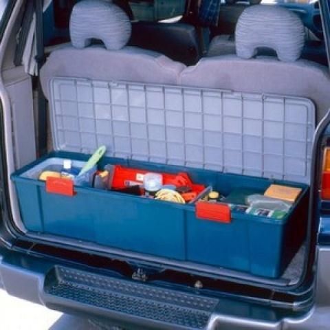 Экспедиционный ящик IRIS RV Box 1150D, в багажнике.