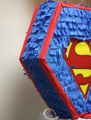 Пиньята Superman