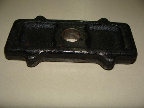 Подкладка задней рессоры 452 (15 мм) м/у рессорой и мостом металл.