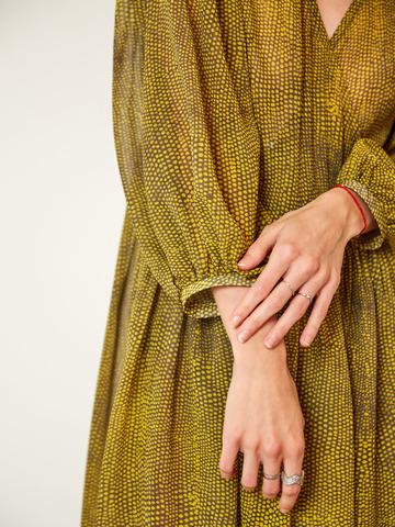 Платье на запах  в горох из шёлка